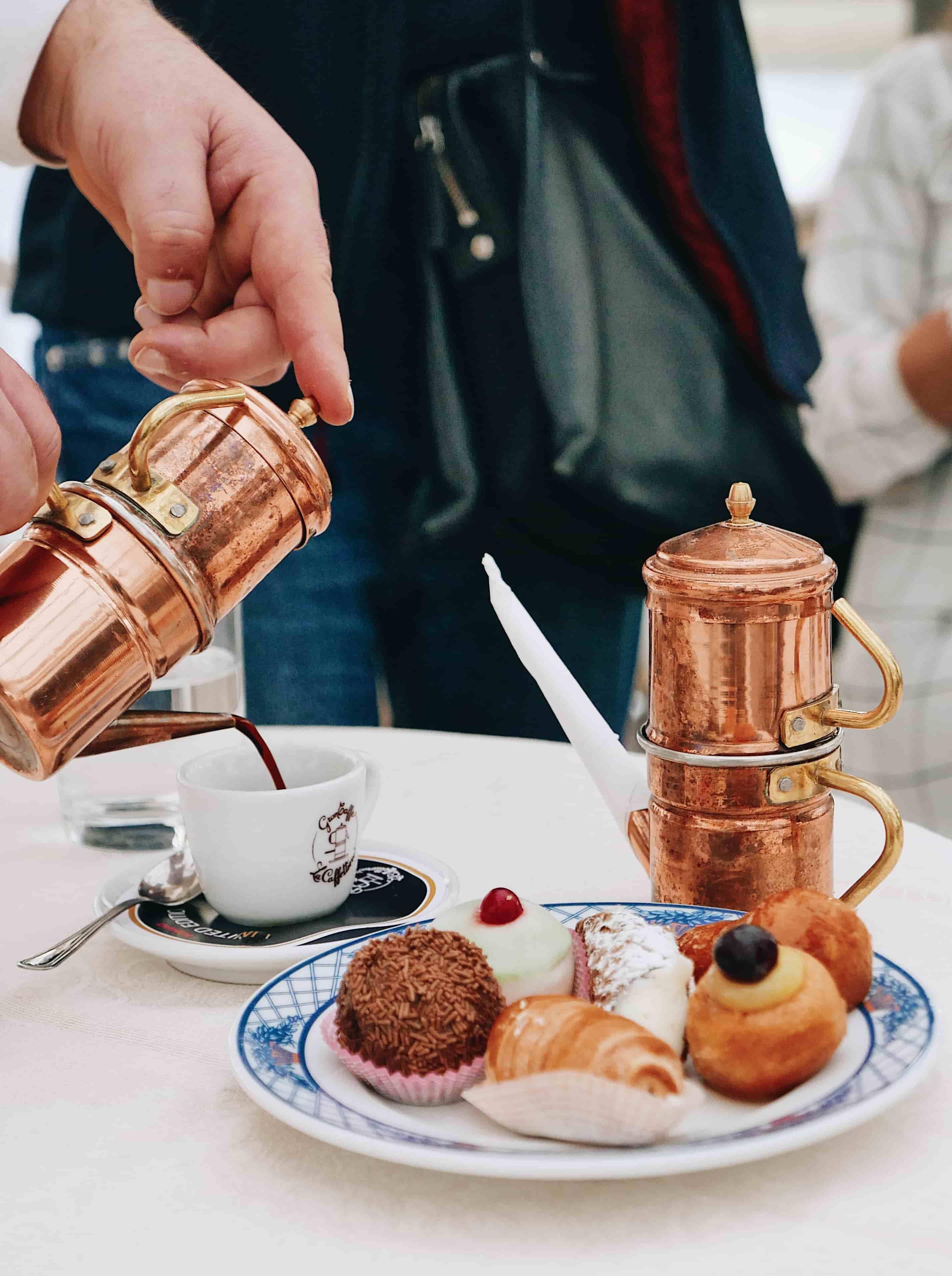 Top 5 des meilleurs cafés de la ville de Naples, le café caffeteria